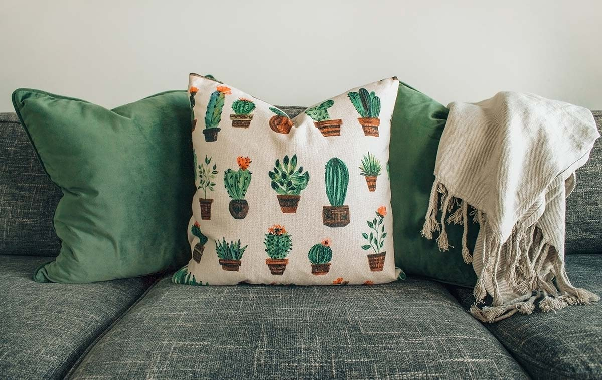 Diferent of cushion cover materials